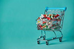 Criza medicamentelor vs banii publici irosiți pe medicamente neutilizate